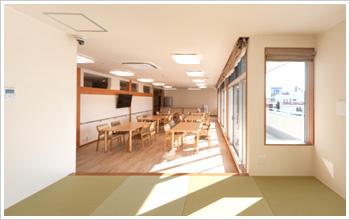 2階食堂(和風の休憩場あり)